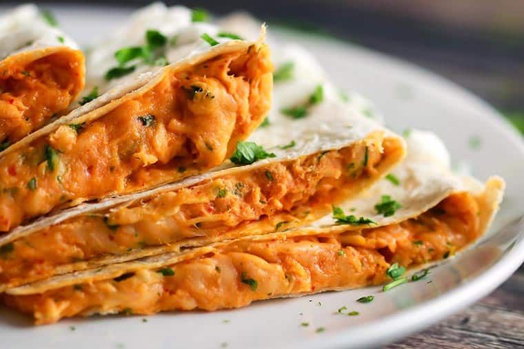 Cheesy Sriracha Chicken Quesadilla | Scrambled Chefs-18 copy