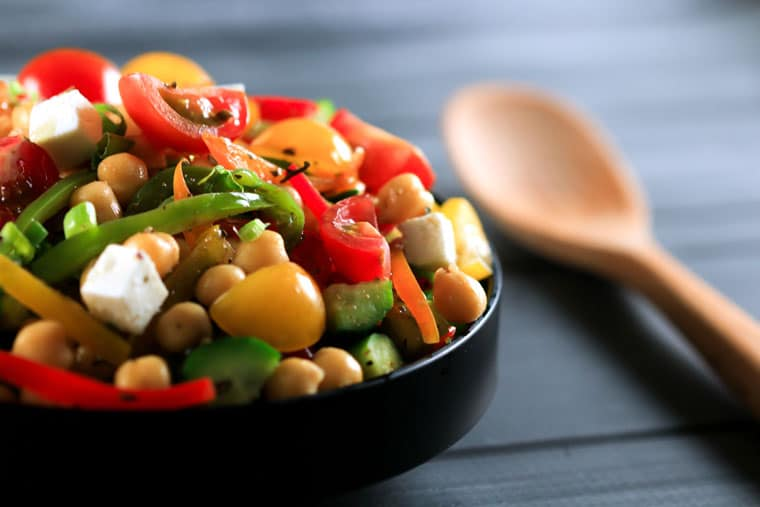 Greek-Chickpea-Salad-_-Scrambled-Chefs-22