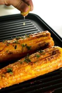 Grilled Sriracha Mayo Corn | ScrambledChefs.com