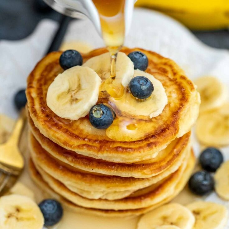 Fast and Fluffy American Pancakes Recipe