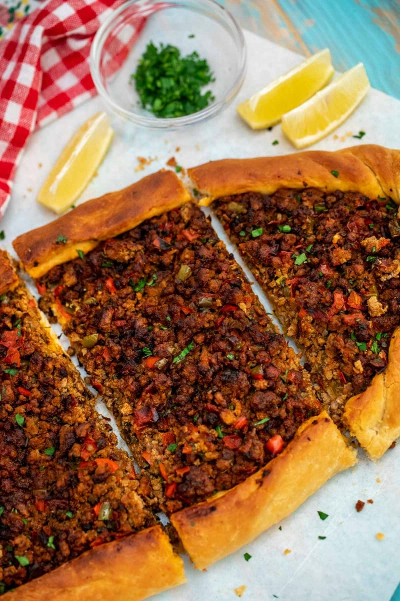 Turkish pide slices