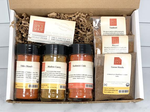 Flavors of India Gift Box/Gift Bag, Gourmet Indian Spices, Gift for Foodie