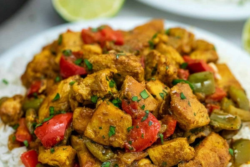 Chicken curry with peppers