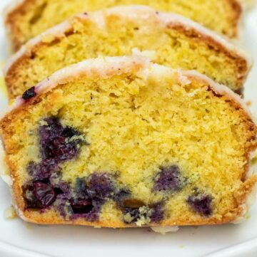 Slices of lemon cake with blueberries