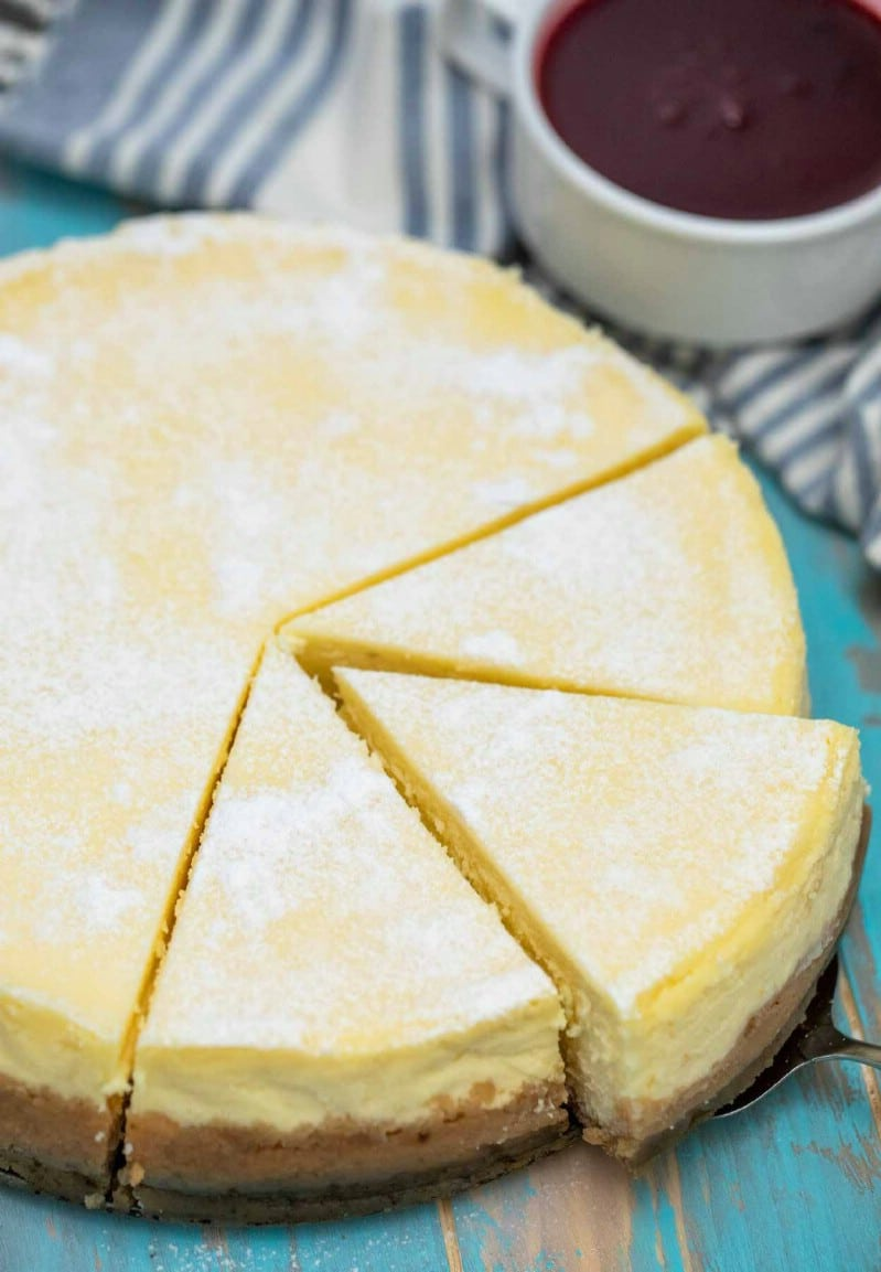 Whole new york syle cheesecake sliced