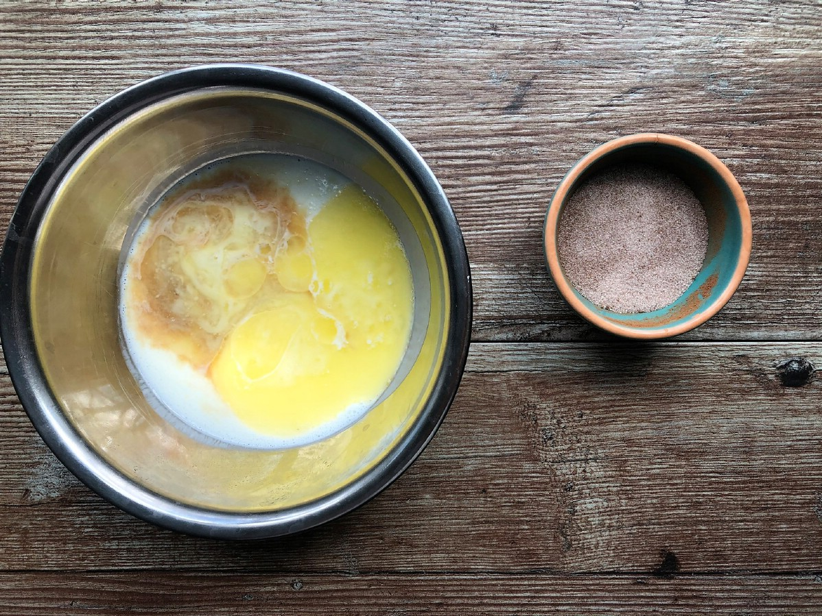 Bowls of eggs