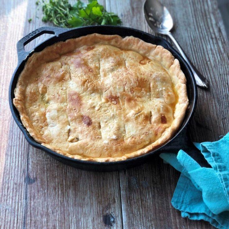 Chickien pot pie in cast iron skillet