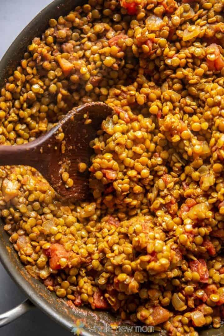 Lentil curry in skillet