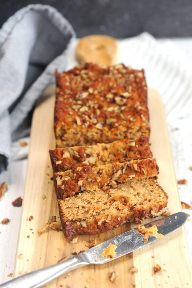 Sliced sweet bread on cutting board