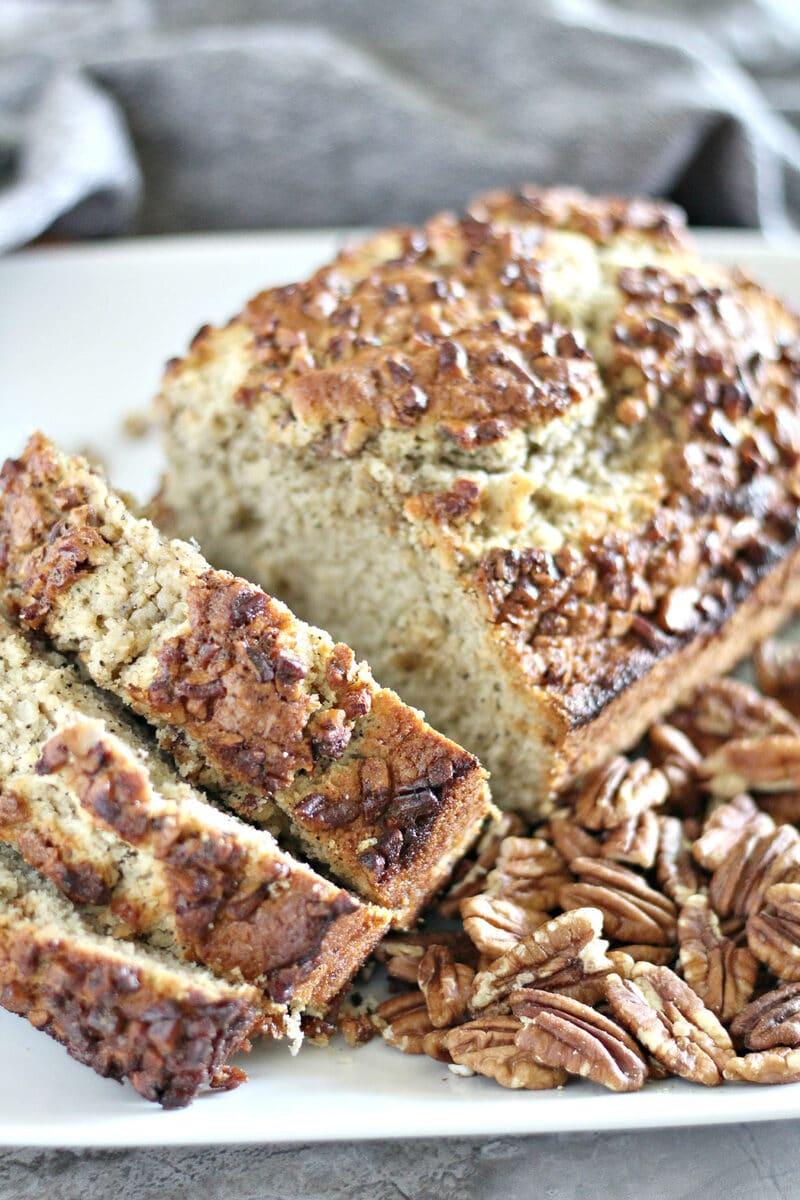 Sliced bread on white platter