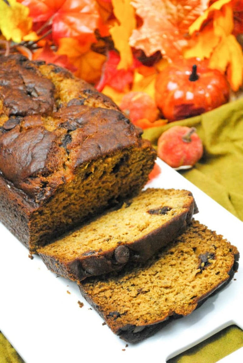 Pumpkin sweet bread on platter