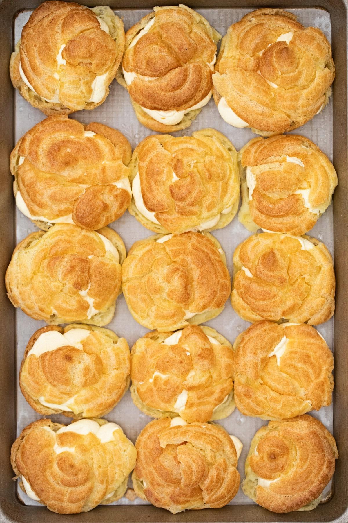 Filled cream puffs