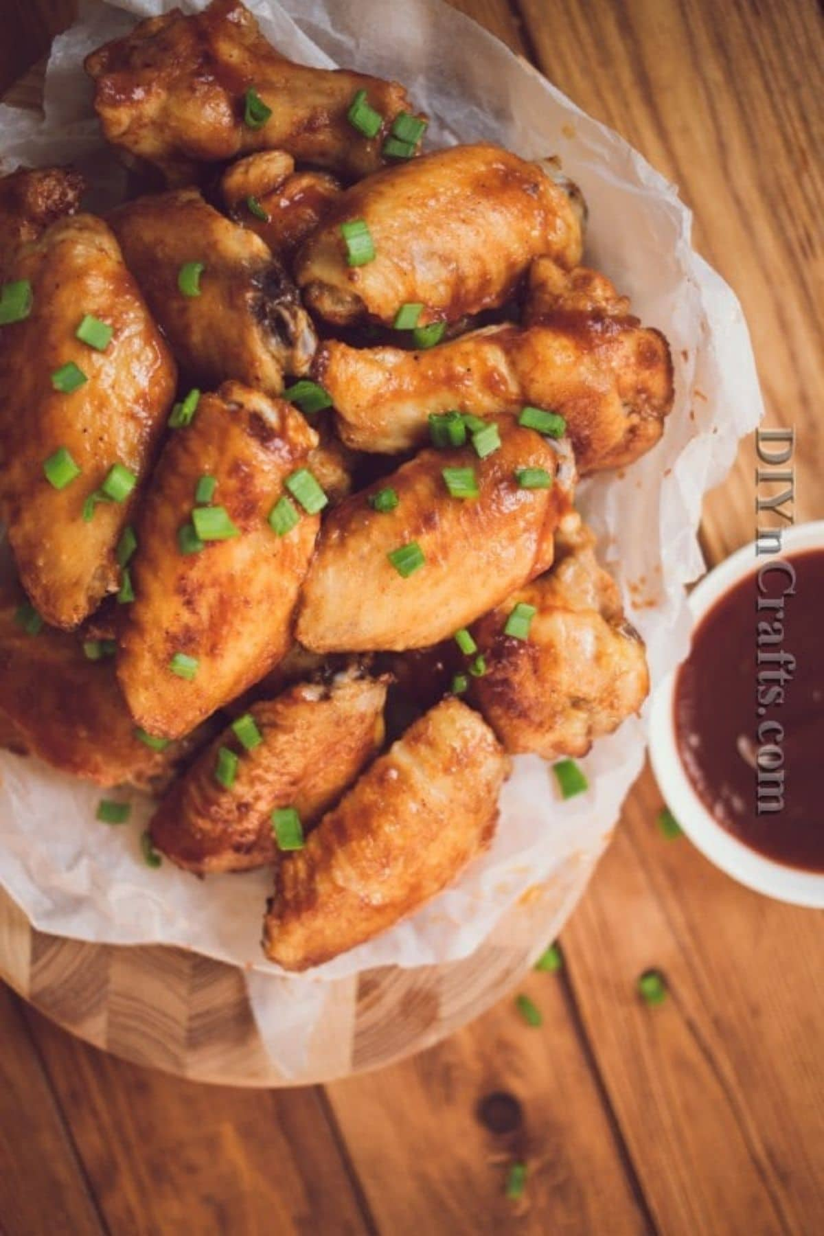 Chicken wings on plate