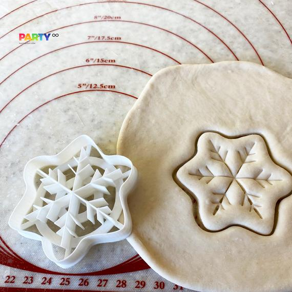 Snowflake Christmas Cookie Cutter Outline Snow Ice Crystal   Etsy