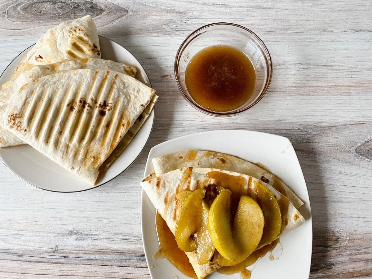 Plated apple pie wrap