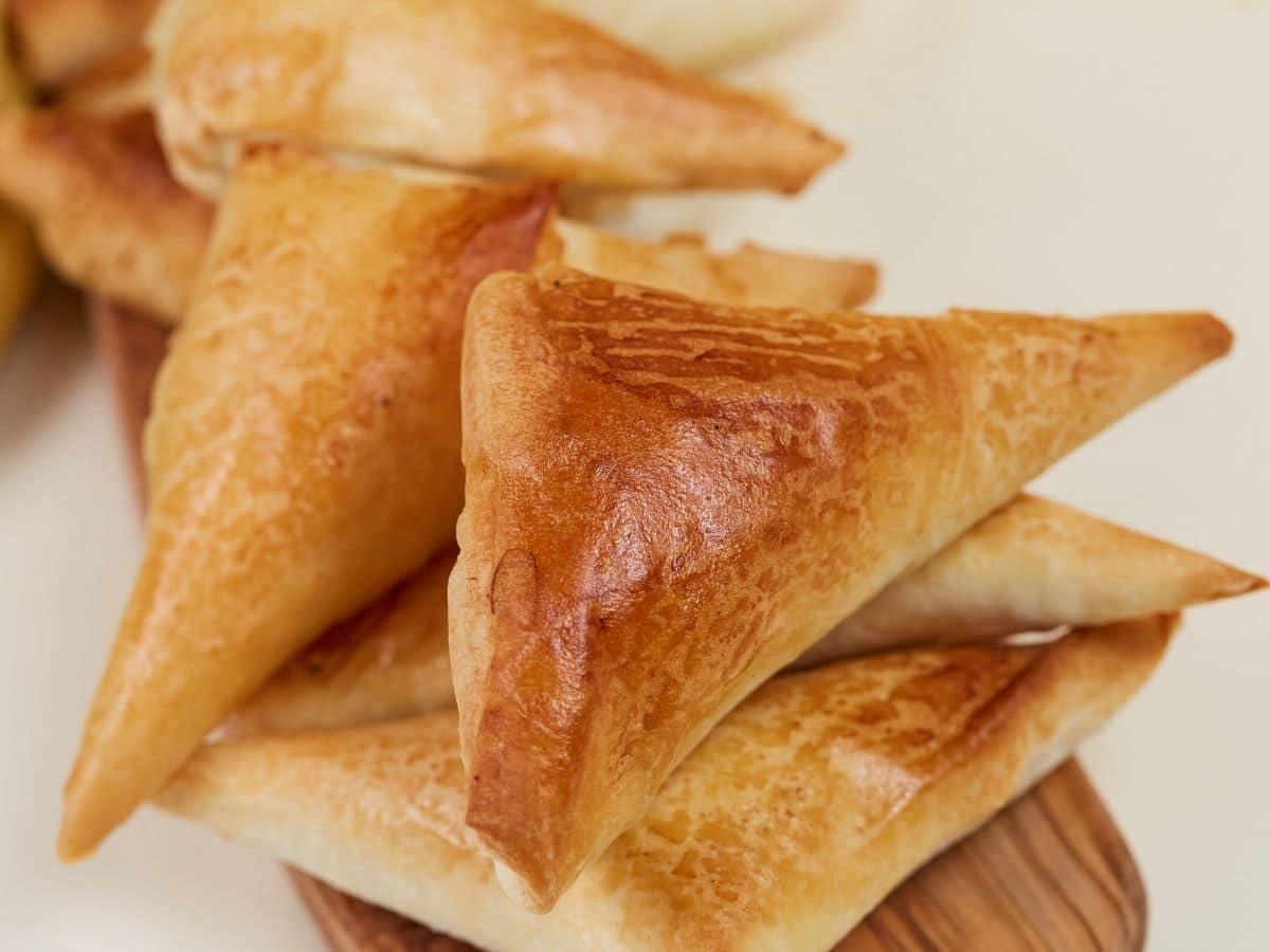 Stack of baked chicken samosa