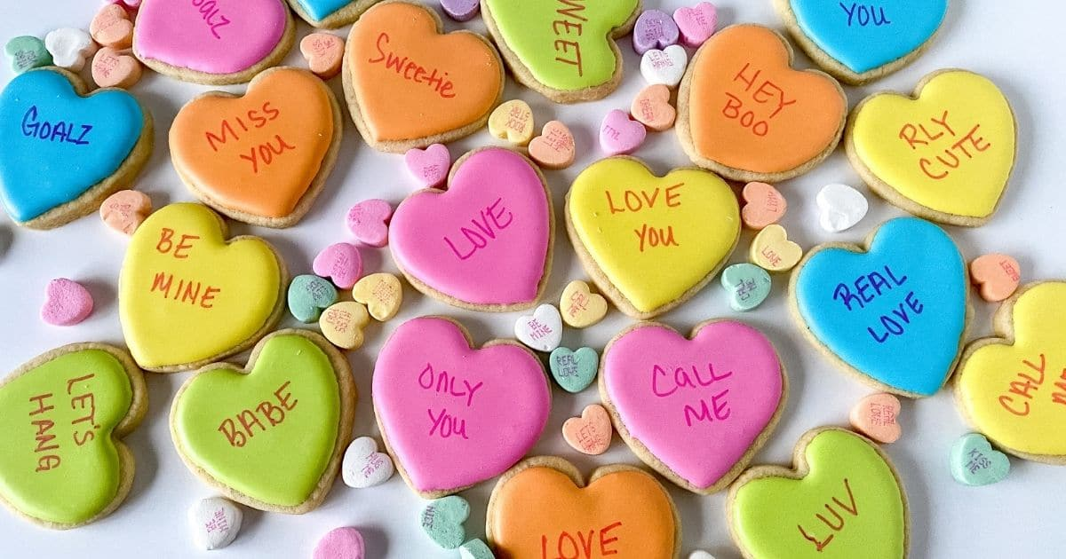 Valentine's Day Conversation Heart Cookies Tutorial