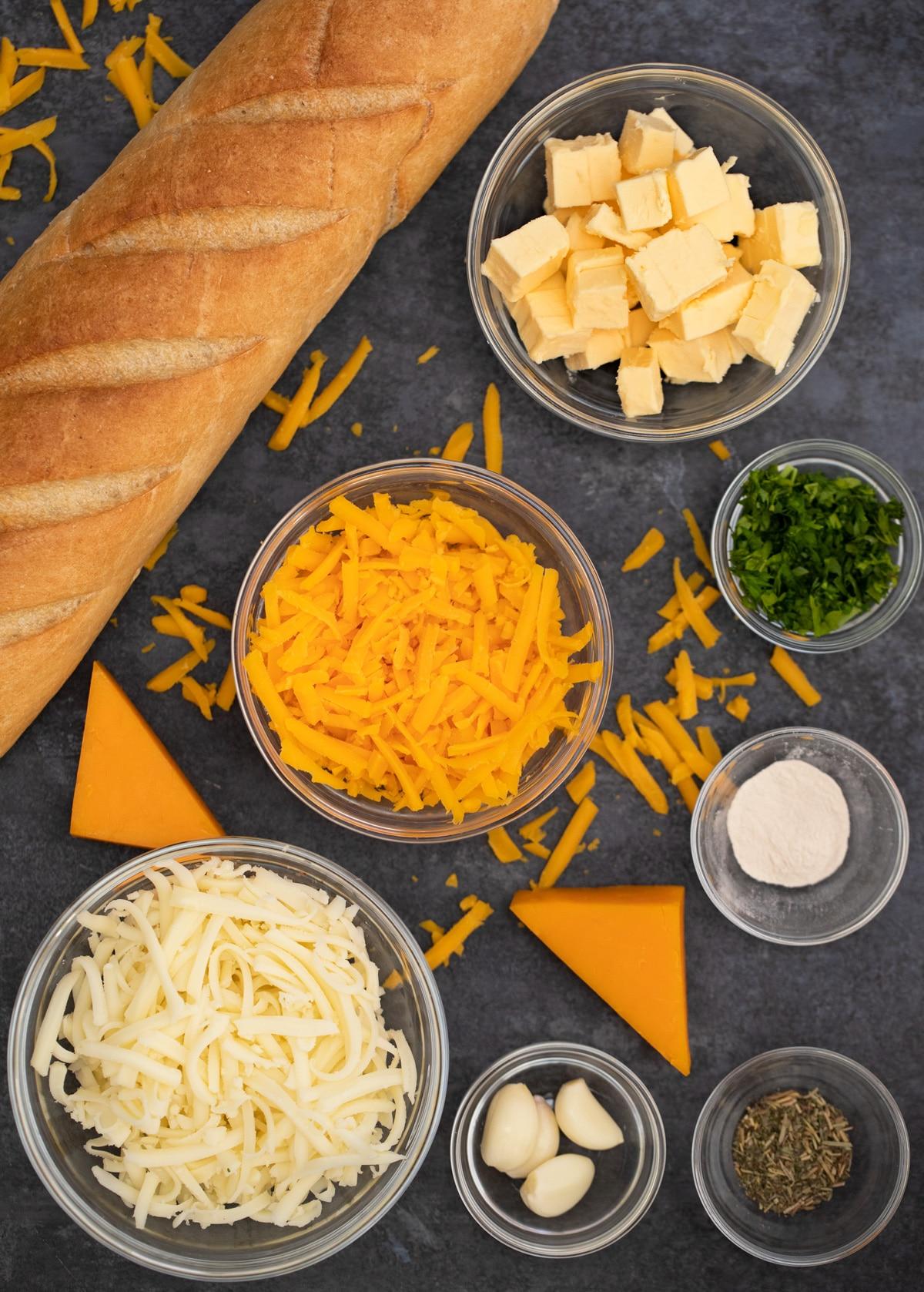 Cheesy garlic bread ingredients