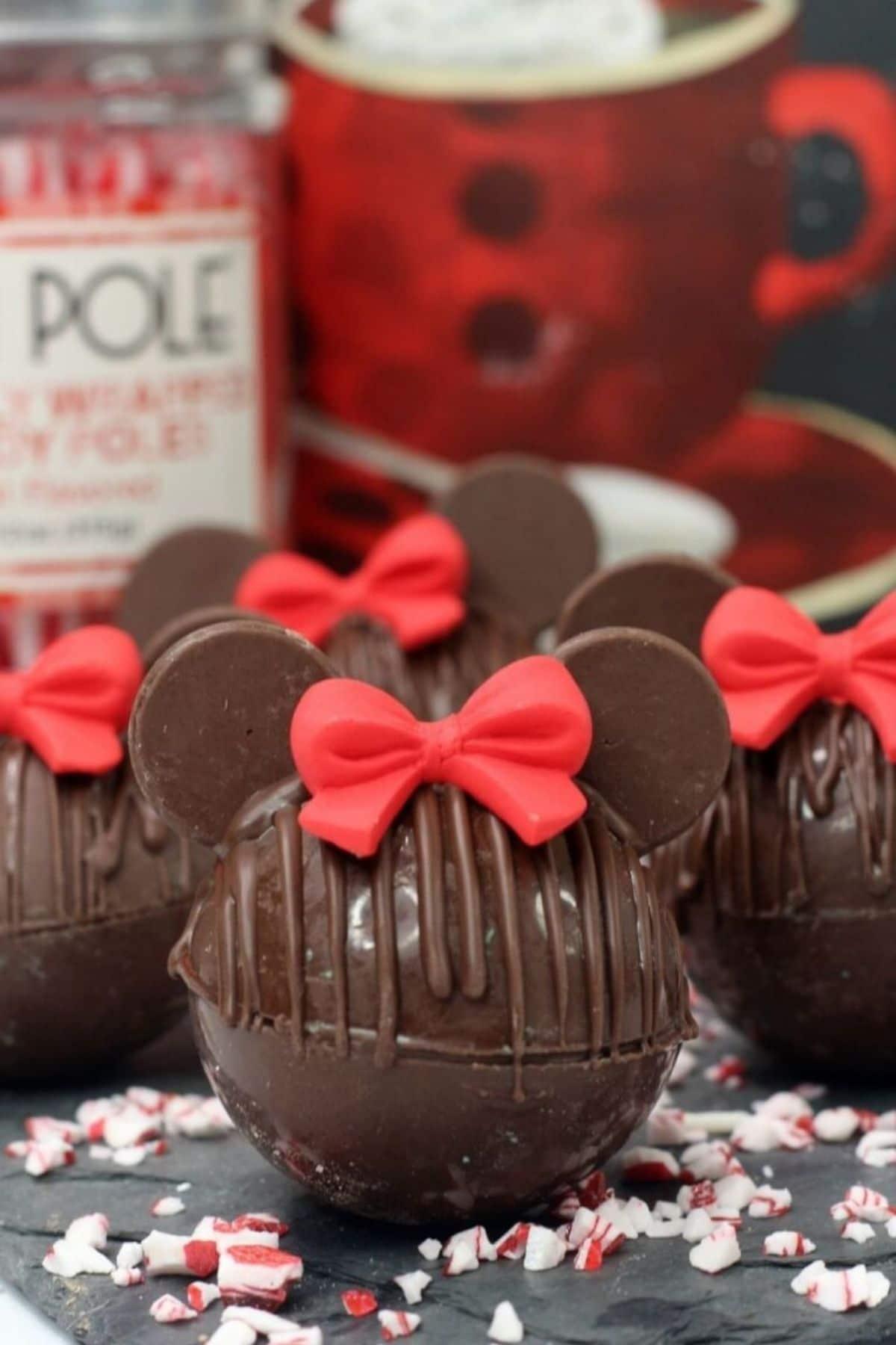 Minnie Mouse hot cocoa bomb