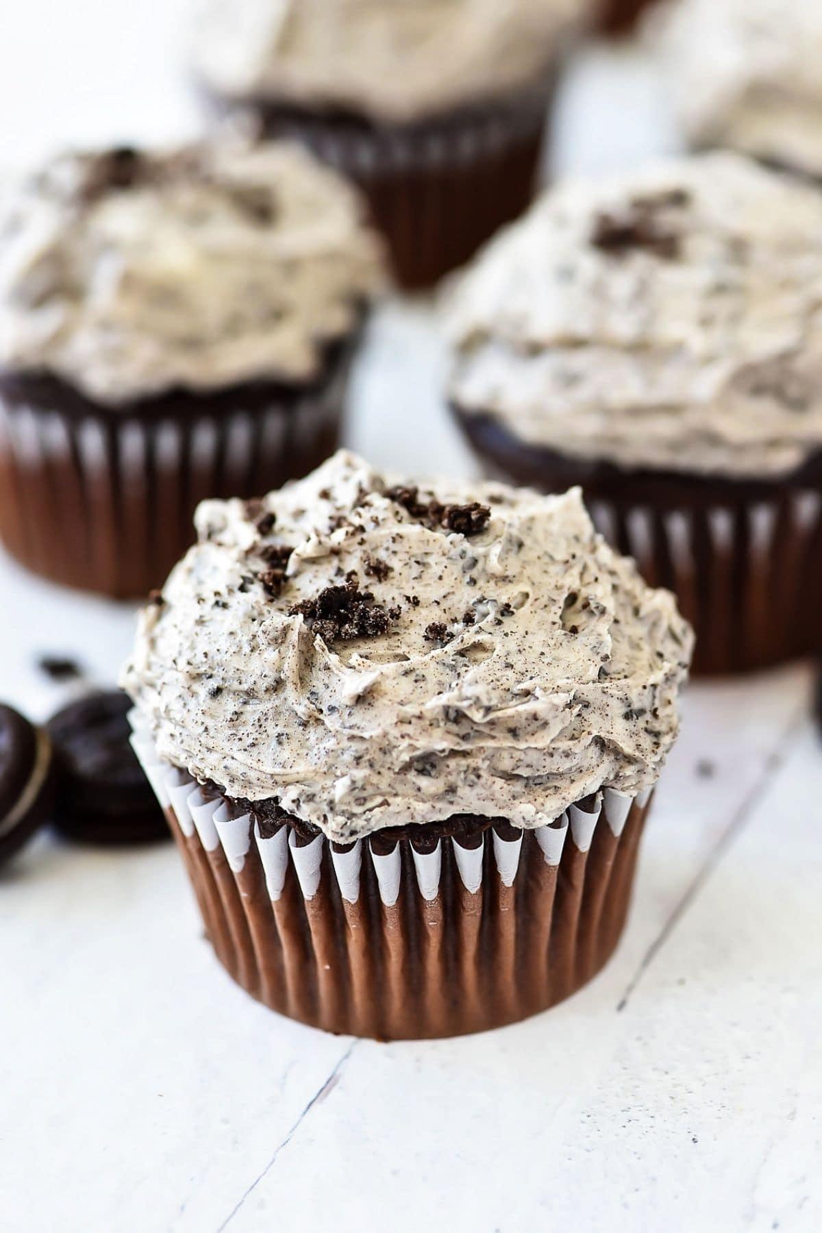Cupcake with oreo icing