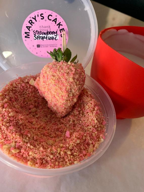 Strawberry Shortcake themed topping/ Strawberry | Etsy