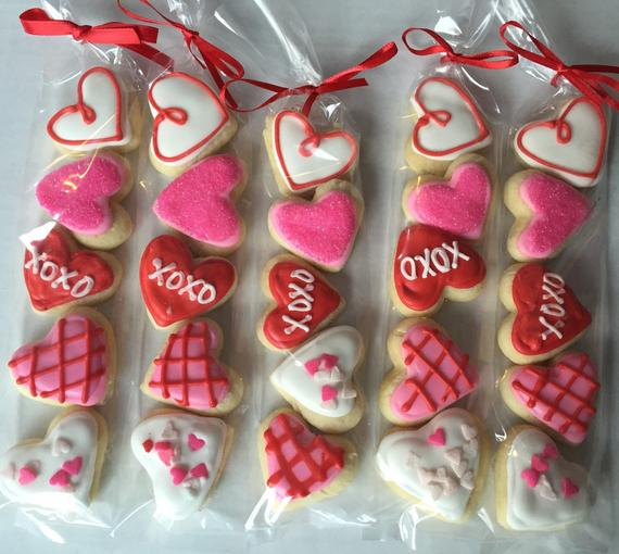 Valentine's Day Sugar Cookie Gift / party favor / heart | Etsy