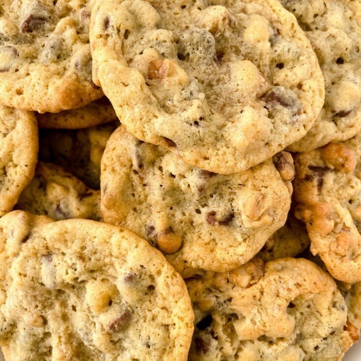 Close up image of DoubleTree copycat cookies stacked together