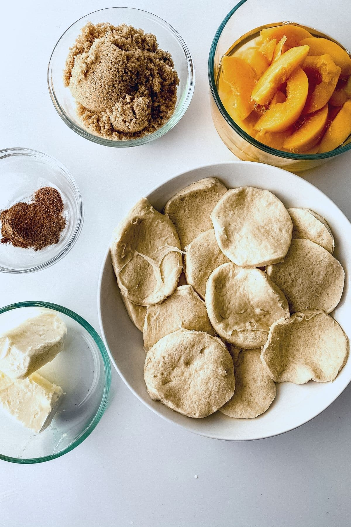 Ingredients for deep fried peach cobbler