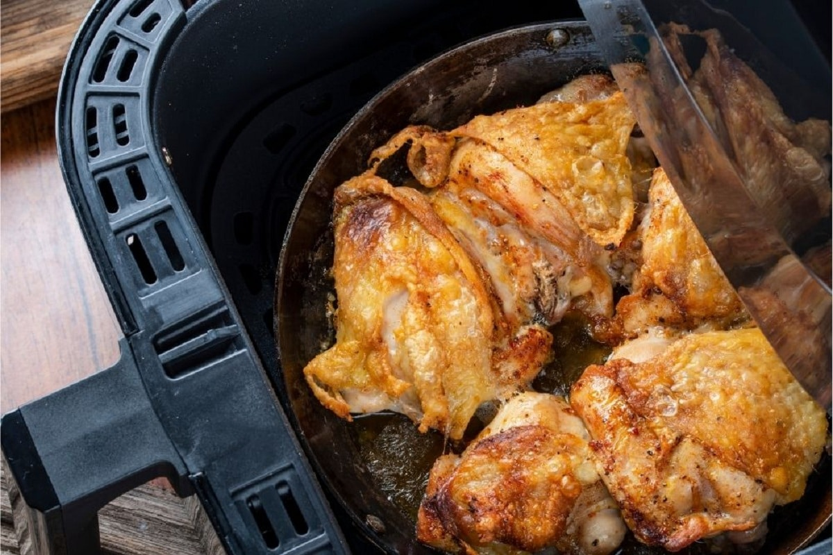 Thigh cuts of chicken cooked on air fryer