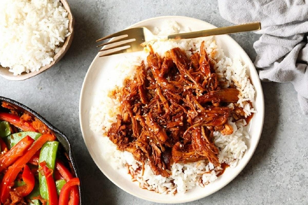 Honey Sriracha Slow Cooker Chicken