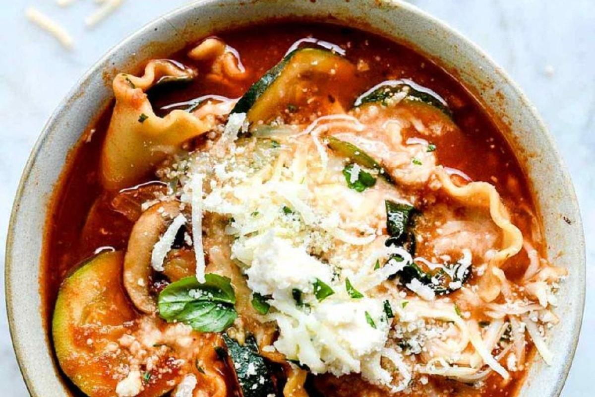 Lasagne Soup in a bowl