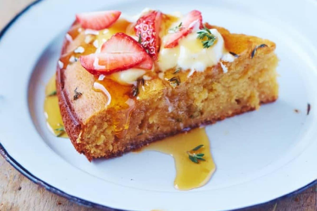 Yogurt and Honey Olive Oil Cake
