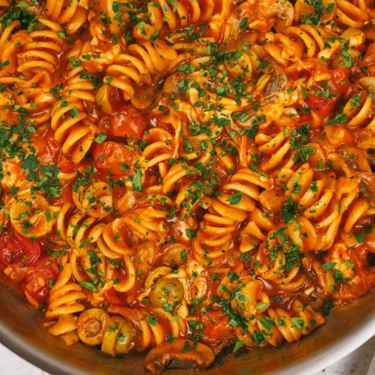 Cheesy Vegetarian One-Pot Pasta Recipe