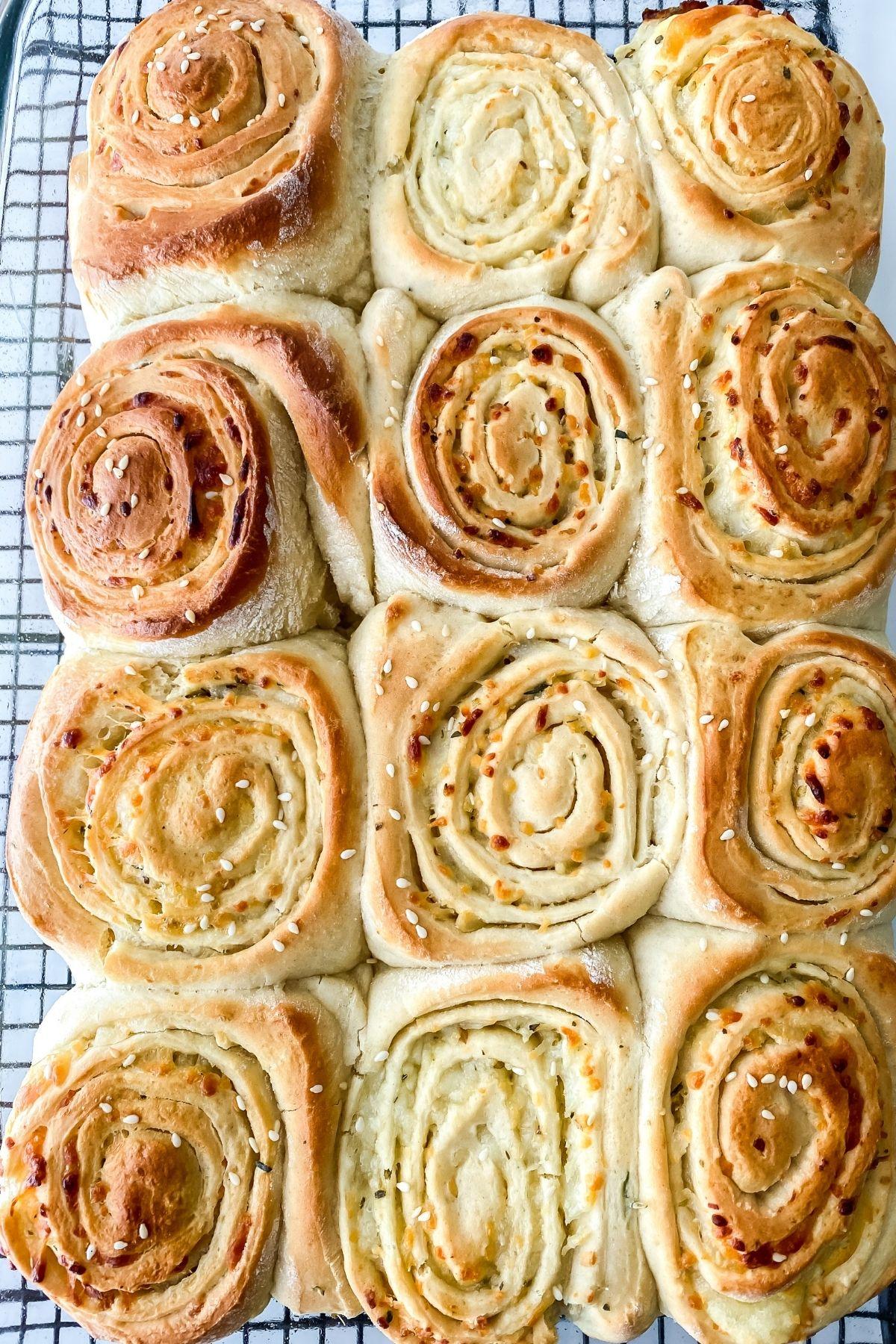 baked dinner rolls in baking dish